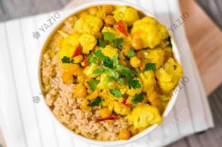 Blumenkohl-Kokos-Curry mit Couscous