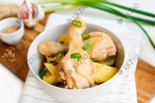 Hähnchenschmortopf mit Kartoffeln