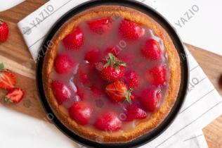 Skinny Strawberry Pie