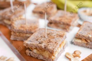 Sandwich banane & beurre de cacahuètes
