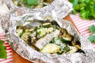 Kräuter-Hähnchen mit Zucchini