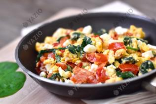 Scrambled Eggs with Spinach & Feta